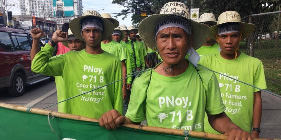 Farmers pushing for the release of the 71 million peso coco levy fund marched a total of 1,750 kilometers for 66 days from Mindanao to Luzon in behalf of the 3.5 million coconut farmers across the country (Photo: Rhea Pauline Catada)